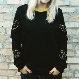 Женский чёрный свитшот ручной работы от MR Ципа с вышивкой