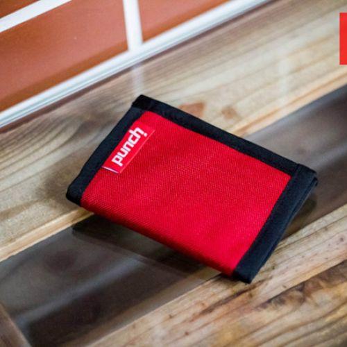 Красный кошелек PUNCH