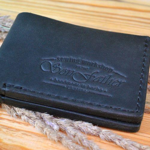 Черный кожаный кошелек ручной работы Classy