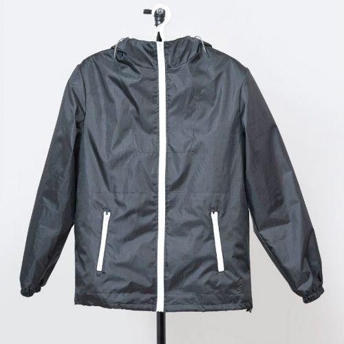 Стильная чёрная куртка-ветровка QUANTUM Black от украинского бренда Corsar