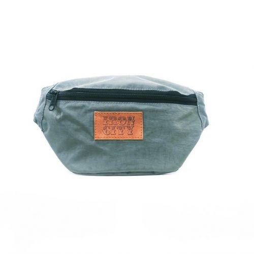 Светло-серая поясная сумка IRON CITY
