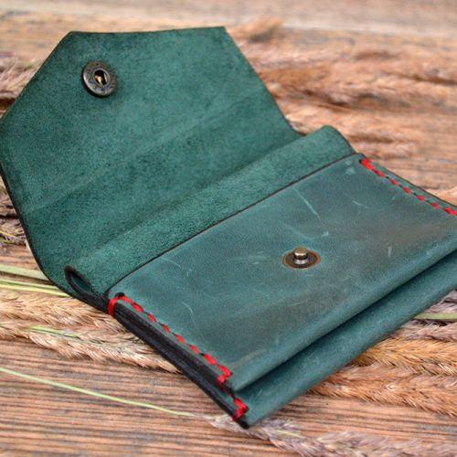 Зеленая монетница ручной работы